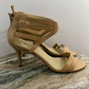 Nine West size 9 Sandals Beige Heels